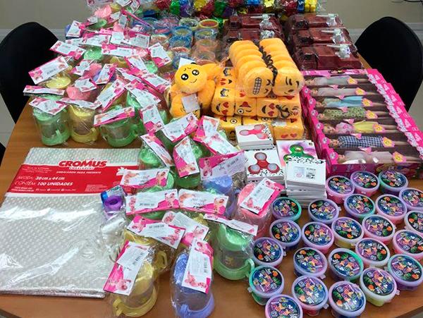 endomarketing-progic-acao-social-dia-das-criancas-kits